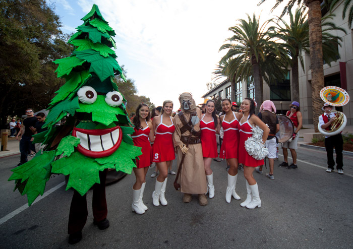 The Stanford Dollies and the Tree before a football game